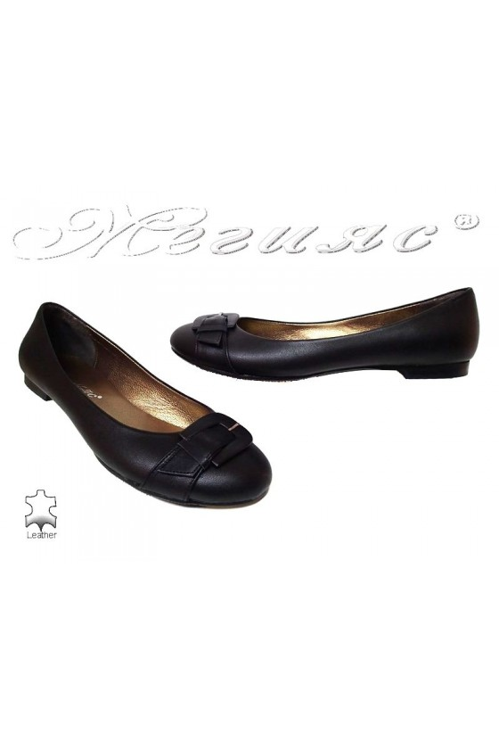 Women XXL giant shoes 19 casual black all leather low heel