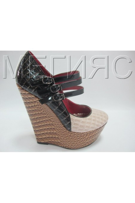Maggie 13-3388 brown