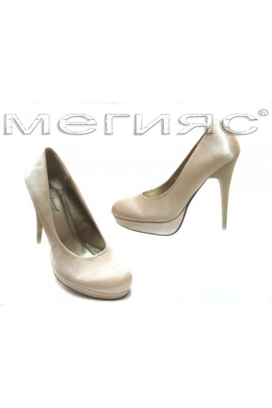 Дамски обувки 843 beige saten