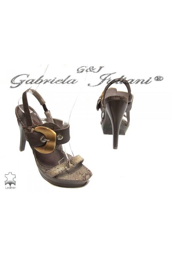 Дамски сандали Viktor 1048202 brown estestvena koja
