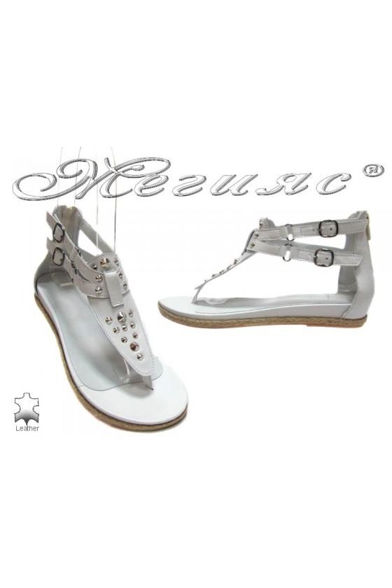 Дамски сандали 6674-38 бели от естествена кожа