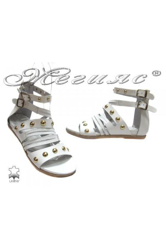 Дамски сандали 6674-32 бели от естествена кожа
