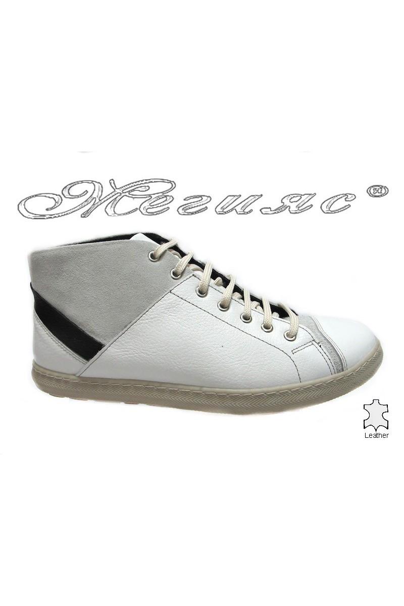 men's boots 102 white