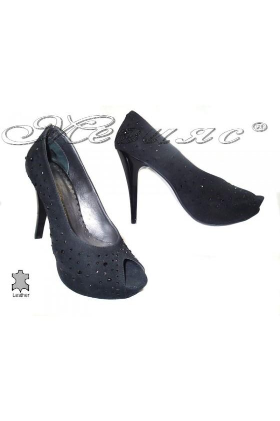 Дамски обувки 029 черни естествен велур елегантни без пръсти платформа висок ток