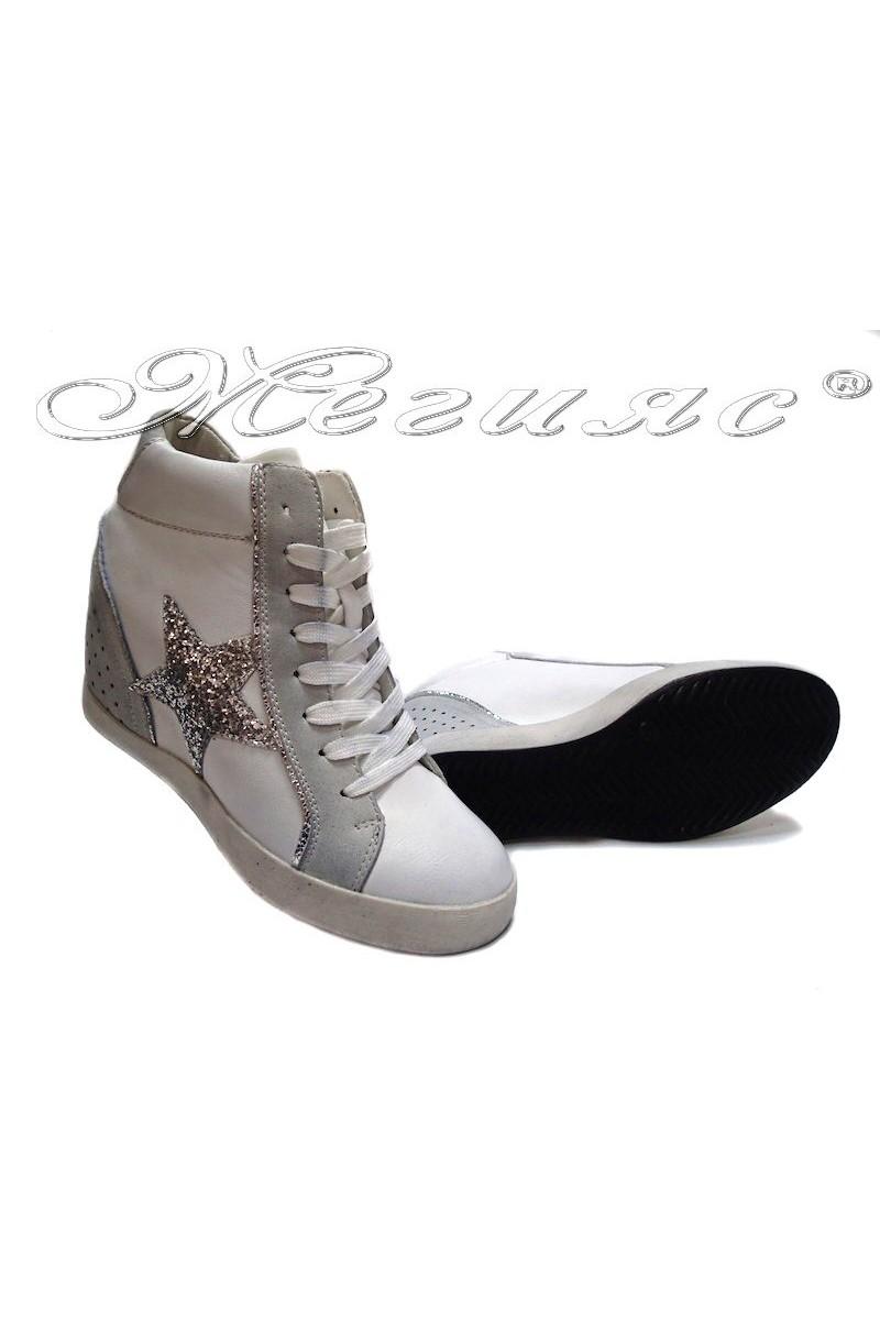 Дамски спортни обувки 26840-6