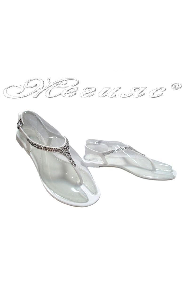 Дамски сандали Pan 114-529 бели