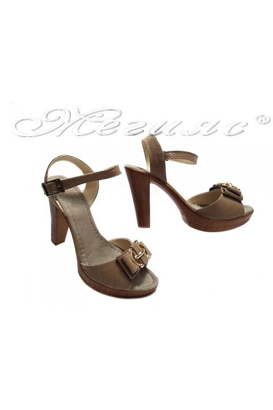 Дамски сандали 161-ток бежови