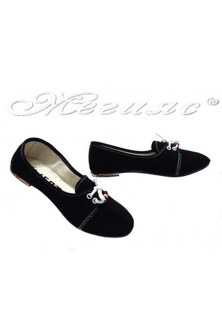 Дамски обувки връзки едноцветни черни