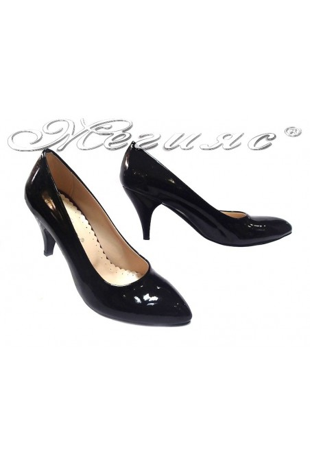 Women elegant shoes 700 black patent middle heel