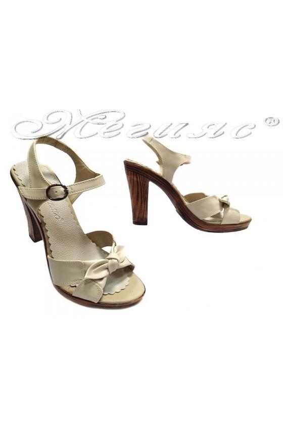 Дамски сандали 851-299 бежови Еко