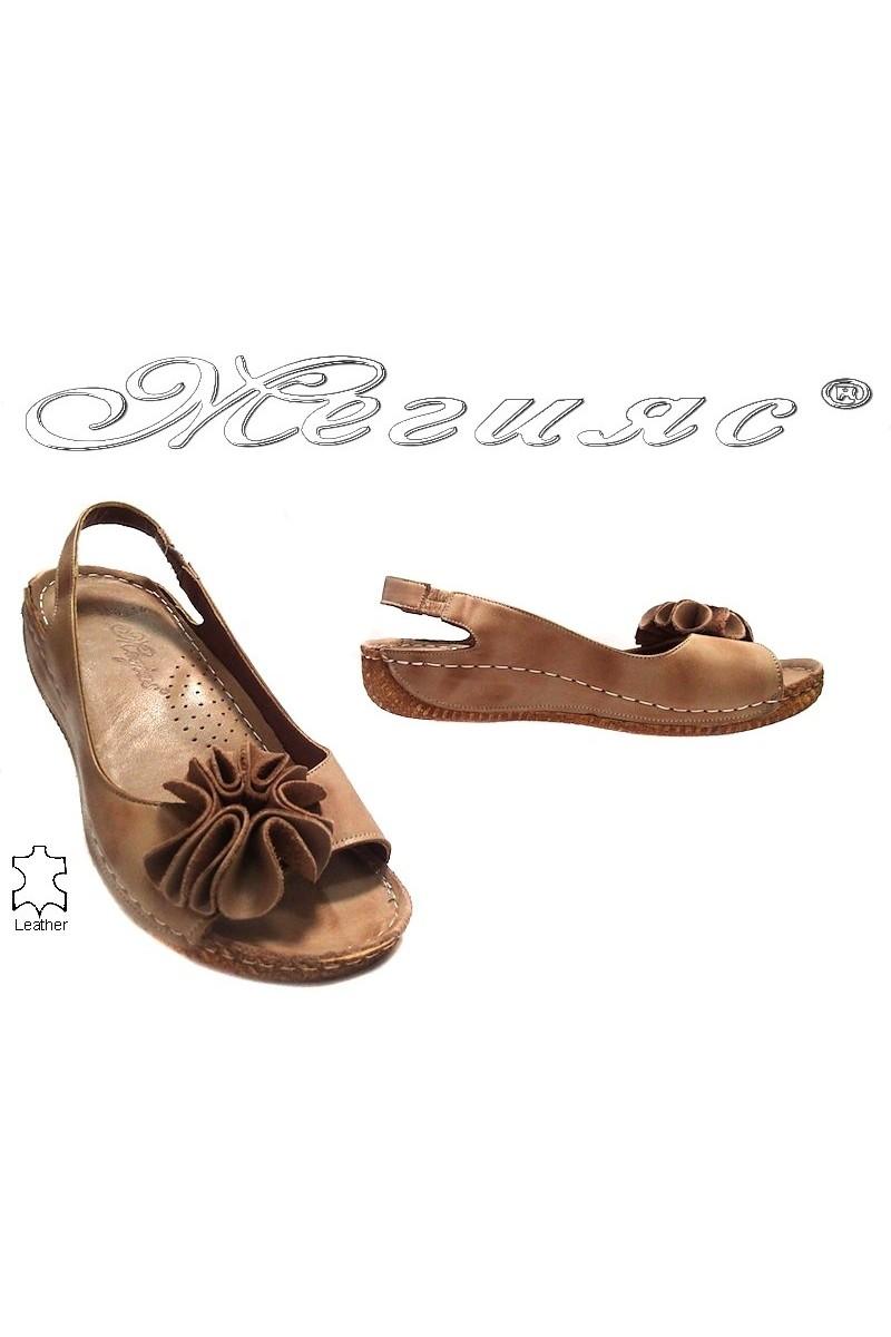 Дамски сандали 108 тъмно бежови естествена кожа