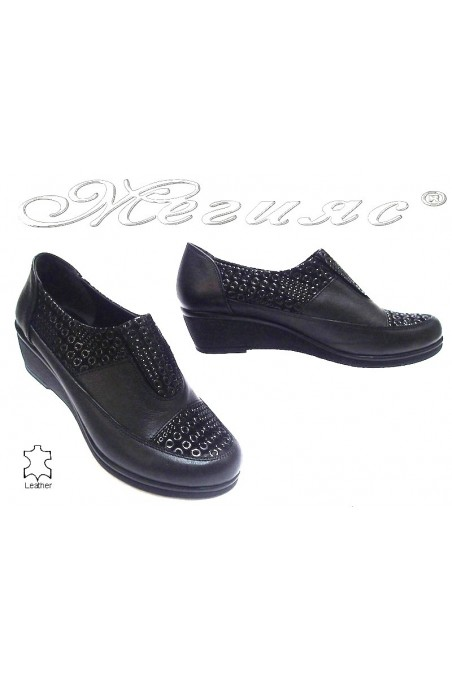 Ladies platform shoes 20-k casual black all lether