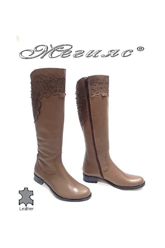 boots 3330 brown