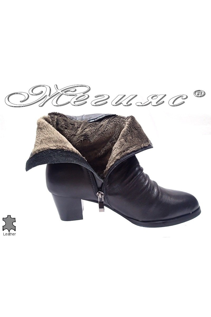 Lady boots 15539