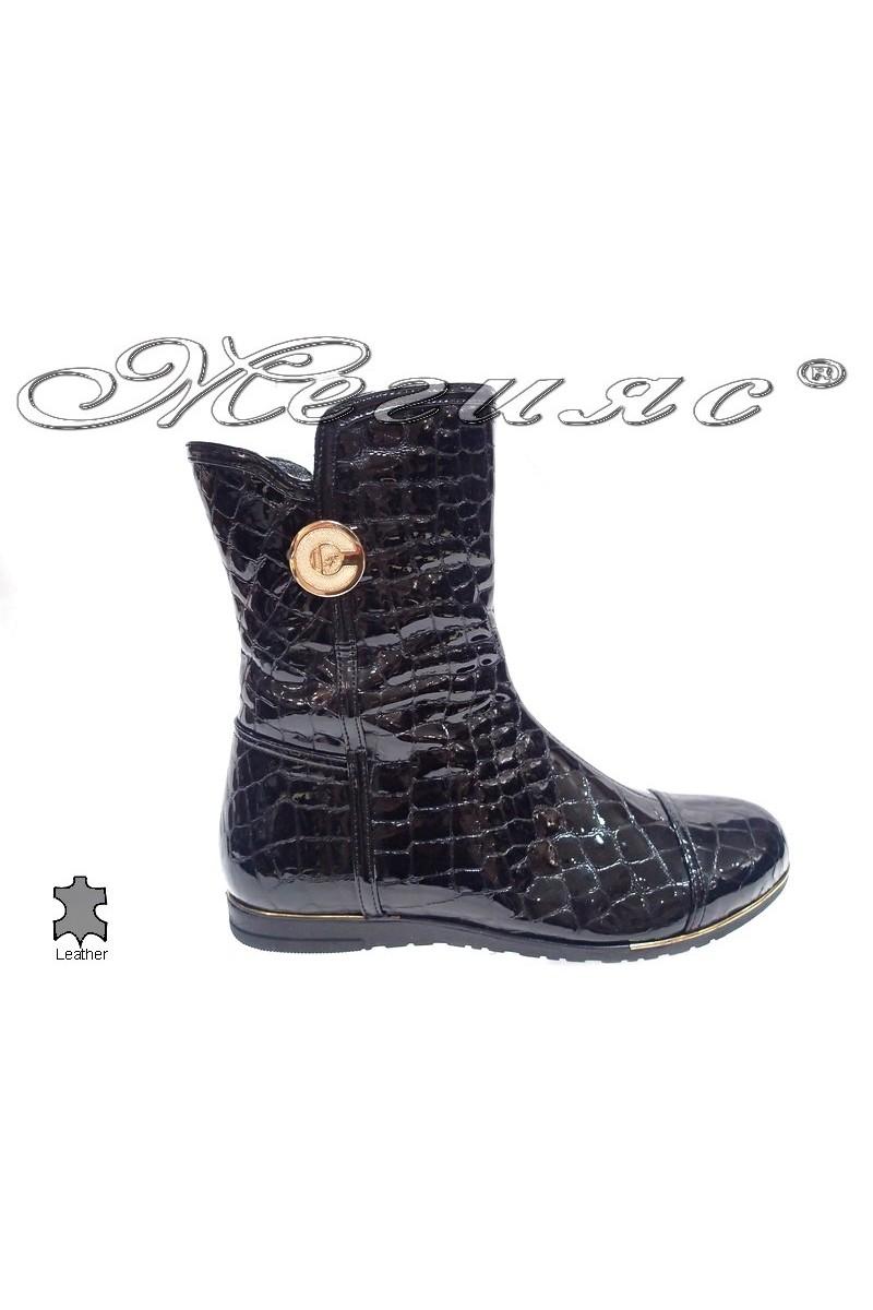 boots 810/234 black kroko