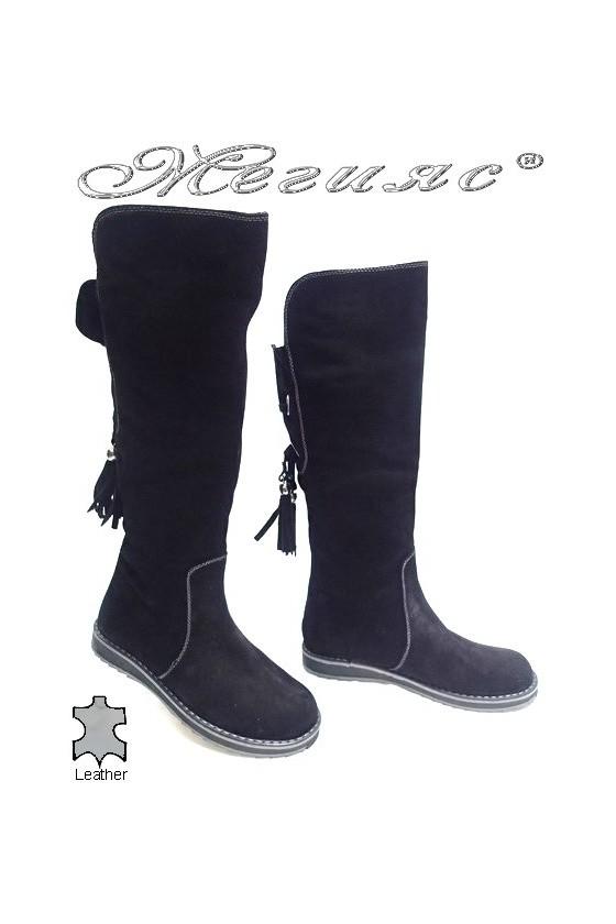 Дамски ботуши 1804 черни естетвен велур