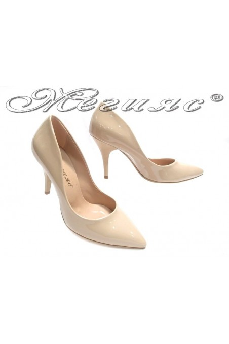 Ladies elegant shoes 1700 beige patent middle heel