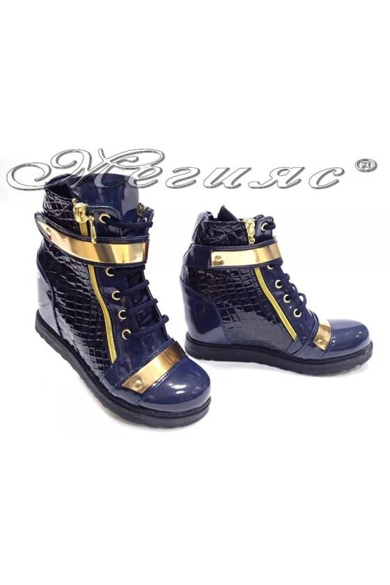 Women casual ankle boots 556 platform blue patent