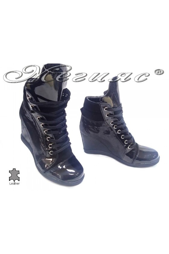 Lady casual boots 2105 black platform patent leather