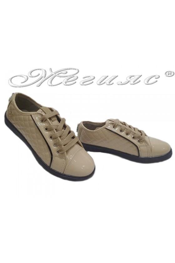 Дамски обувки 044 ниски бежови изк.лак