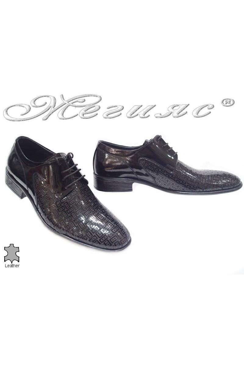 Мъжки обувки 1001 черни щампа естествен лак