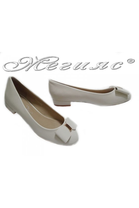 Women low heel casual shoes TINA 15-207 white pu