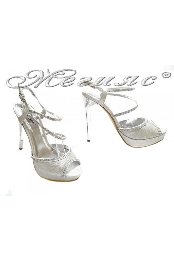 Дамски сандали LINDA 155431 сребристи