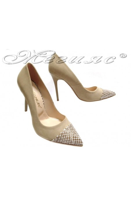 Дамски обувки 106 бежов набук+релеф елегантни остри висок ток