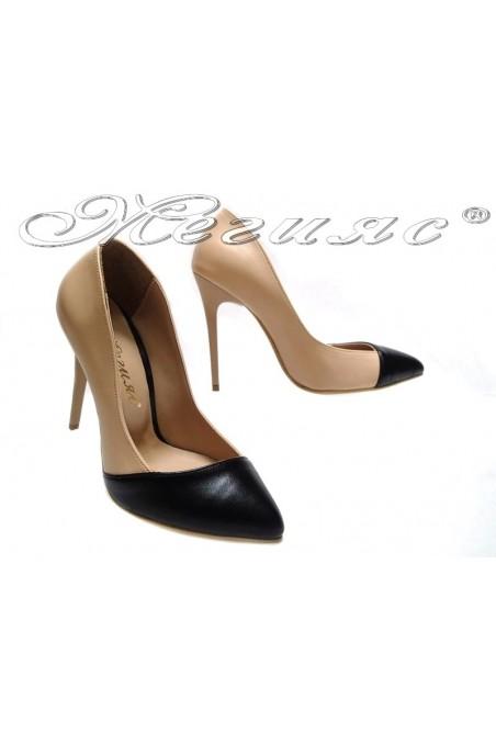 Дамски обувки 1911 беж+черно елегантни остри висок ток еко кожа