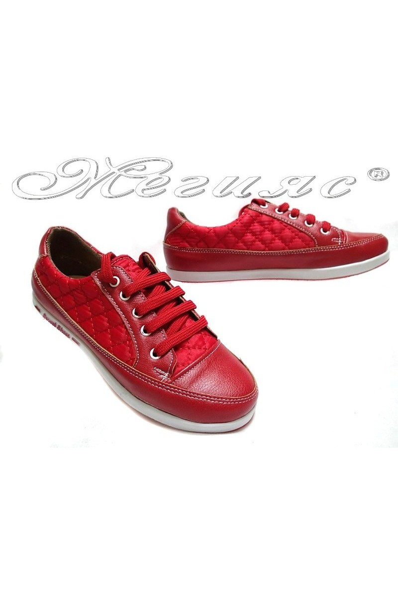 Дамски обувки 500 червени текстил+мат