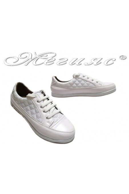 Lady sport shoes 500 white textiles + pu