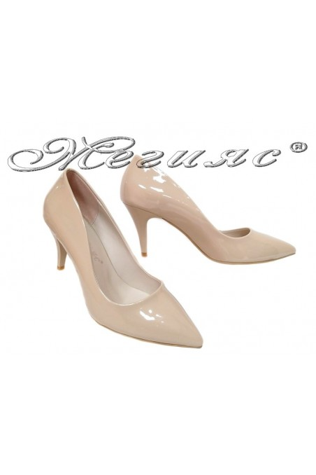 Women elegant shoes 2016 beige middle heel pu