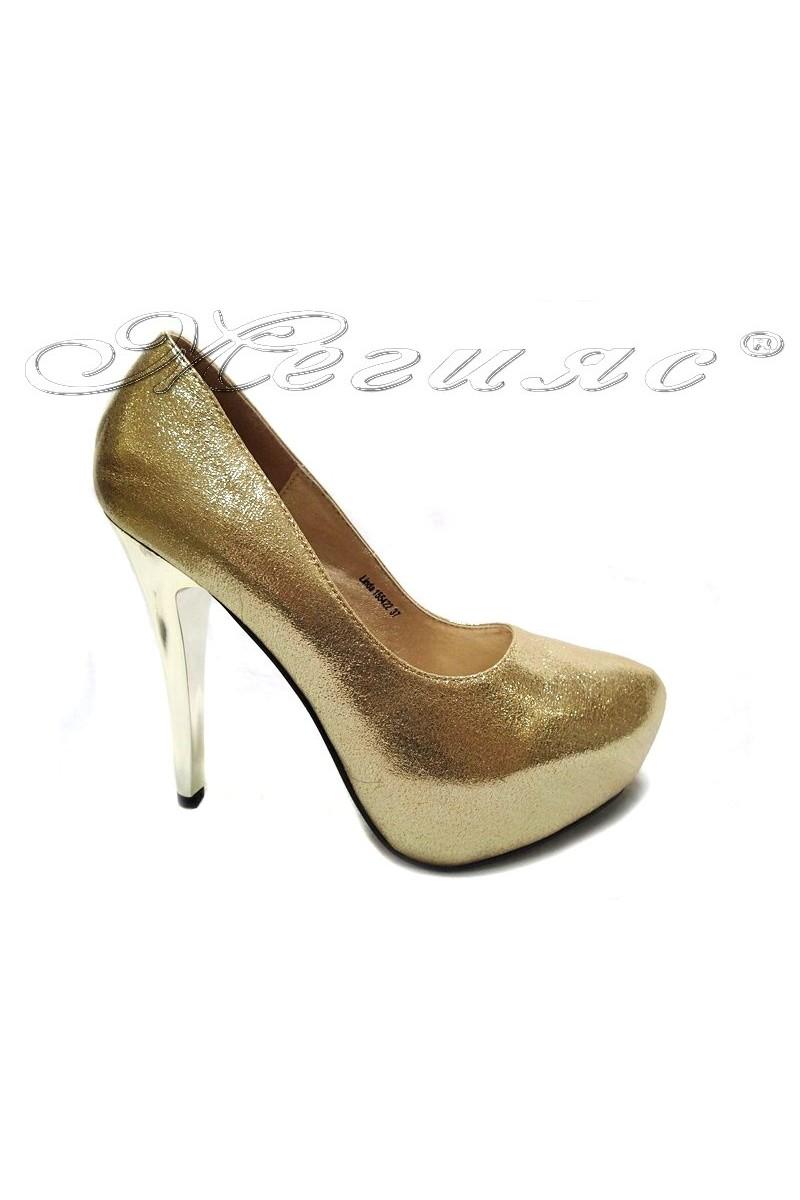 Дамски обувки LINDA 155422 златисти