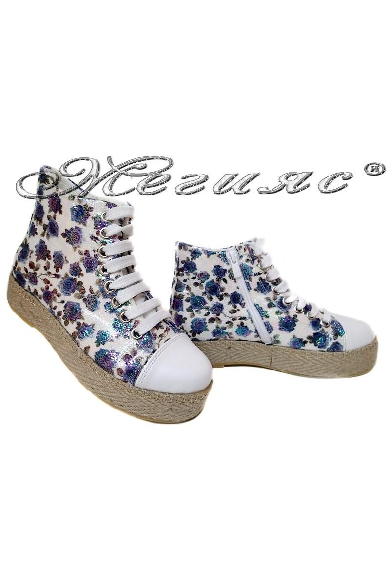 Дамски обувки 01 бели+ сини цветя