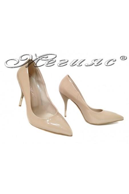 Дамски обувки 2016 бежов лак-висок ток елегантни еко кожа
