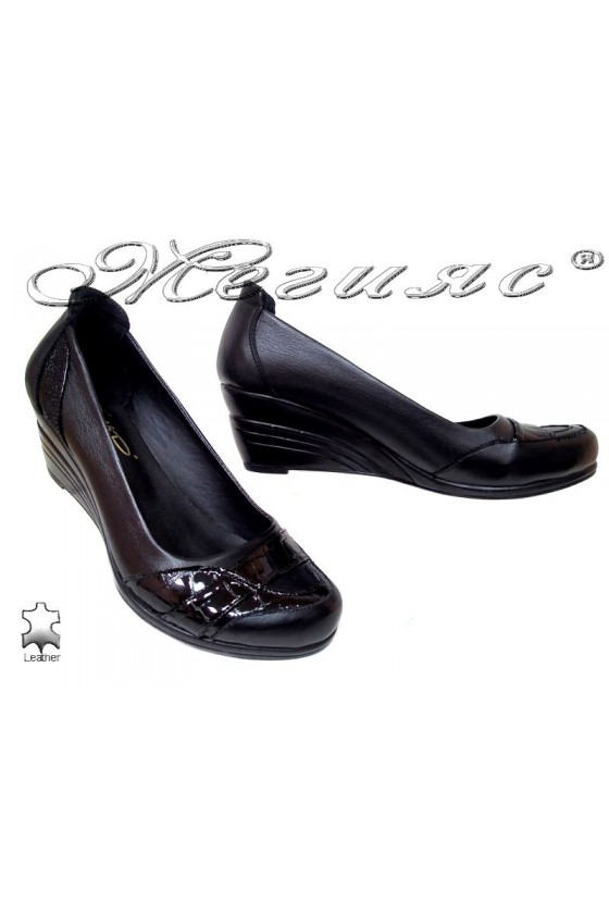 Ladies casual platform shoes 2020 black leather