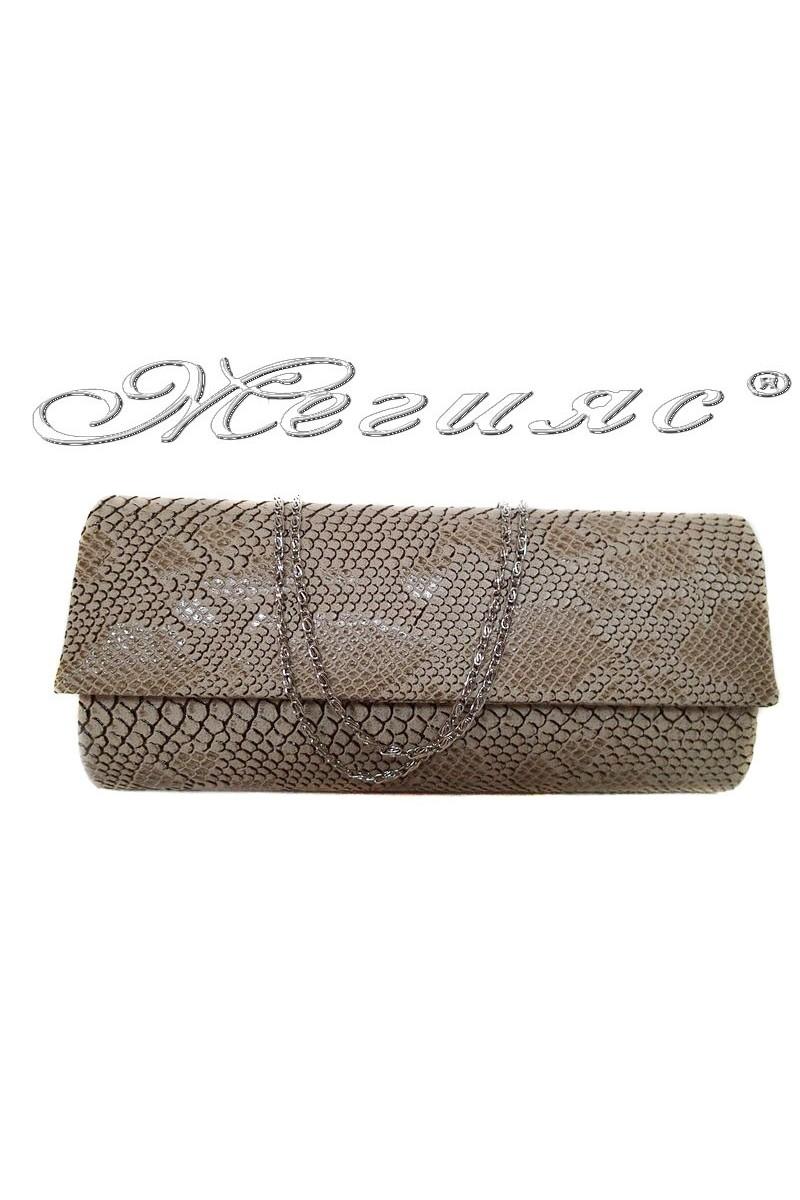 Абитуриентска чанта 373 бежова кроко