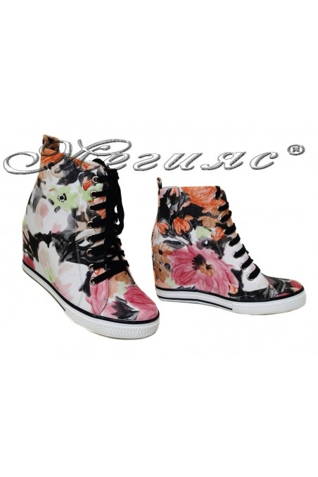 Women ankle boots 114-894 black flowers sport platfotm