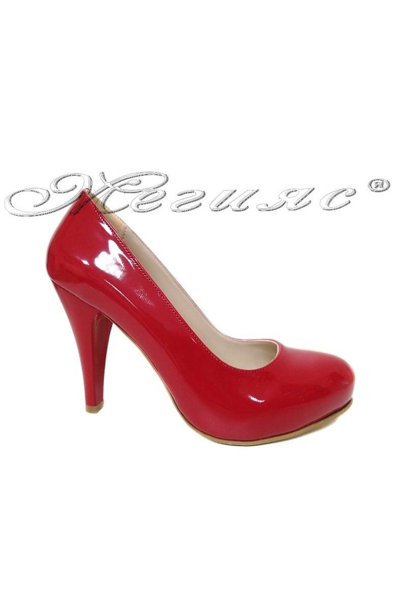 Дамски обувки 15 червен лак