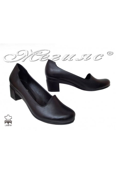 Women shoes 808 giant XXL casual black leather with middle heel