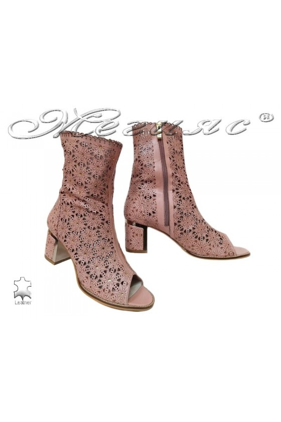 Women meddle heel boots 2115 pink leather
