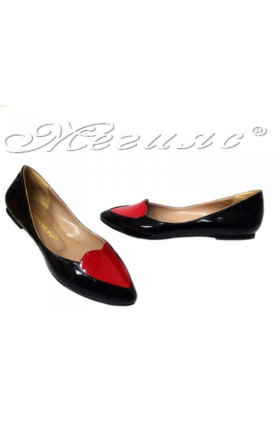 Women flat shoes 30-k casual black+red pu patent
