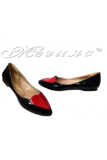 Дамски обувки 30-K черни+червено сърце лак ежедневни равно ходило