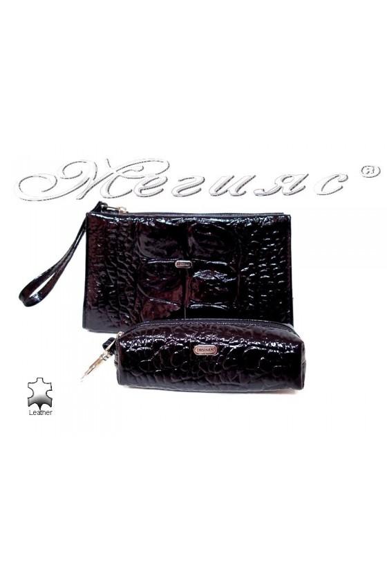 set 064-207 black patent leather