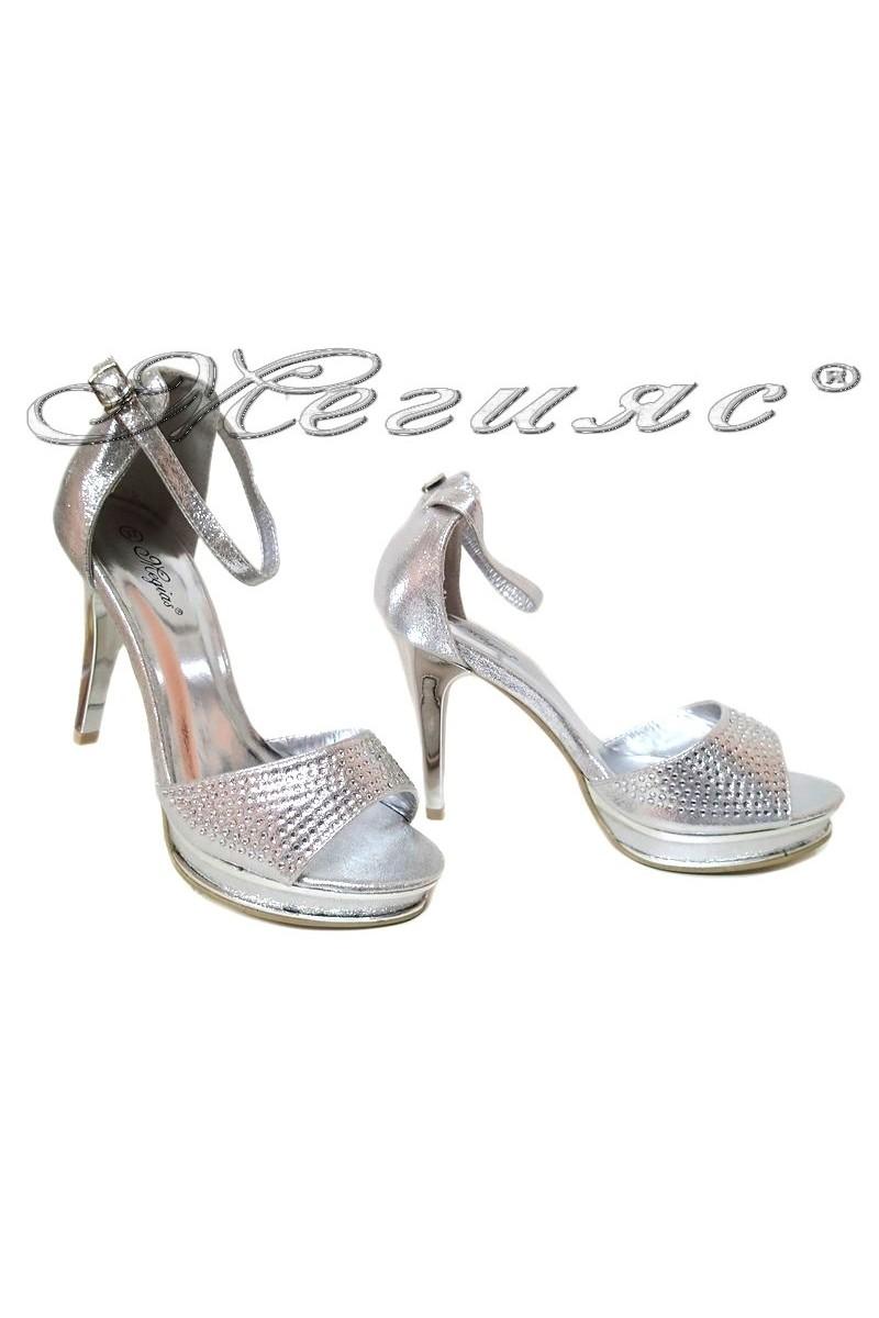 Дамски сандали LINDA 155434 сребристи еко кожа елегантни висок ток