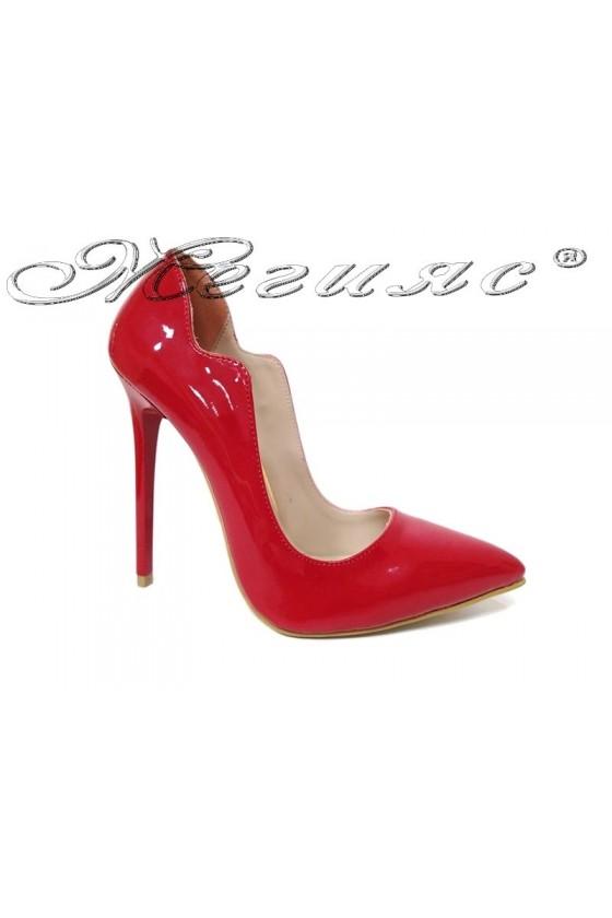Дамски обувки 1019 червен лак остри елегантни висок ток