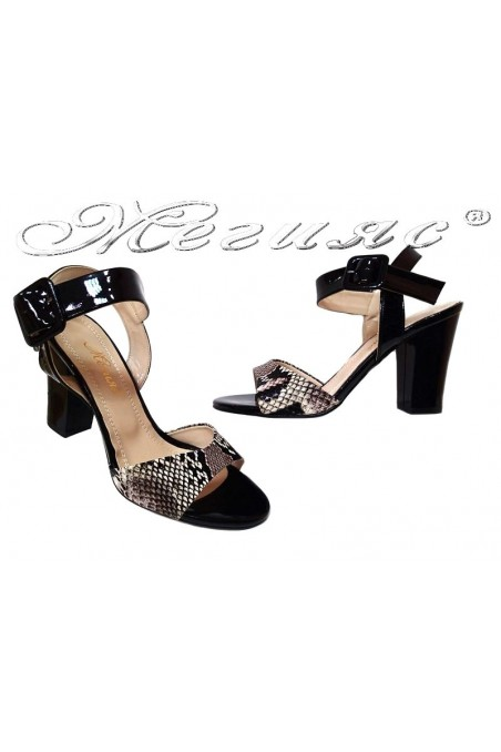 Дамски сандали 146 черни+змийска шарка широк ток еко кожа