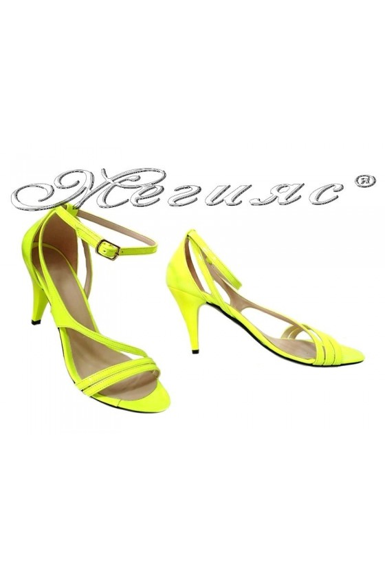 Women elegant sandals 006 yellow patent middle heel