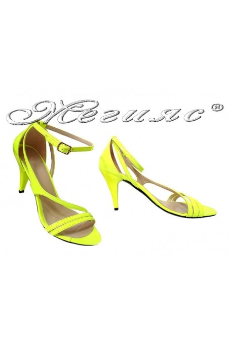 Women elegant sandals 006 yellow patent middle heel
