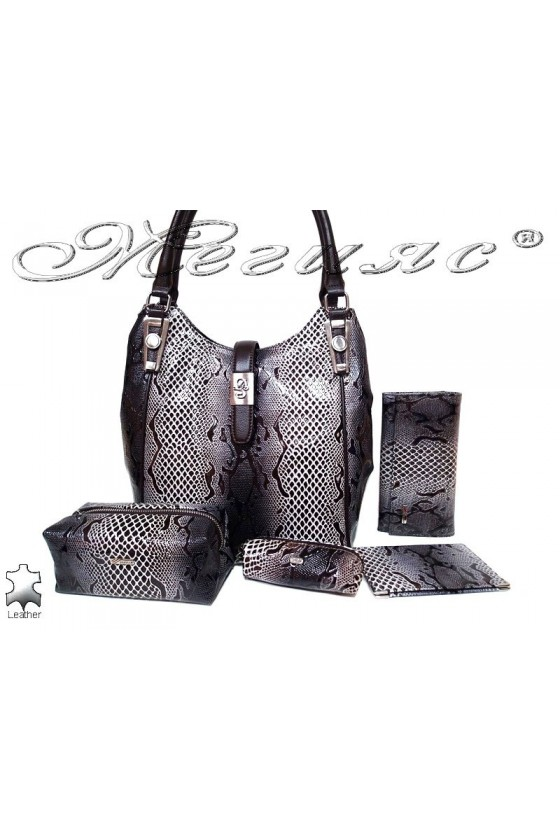 Women bag 4202 brown leather + accesssories